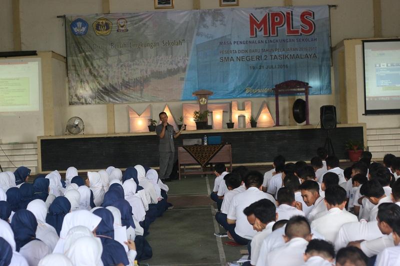 mpls16-08